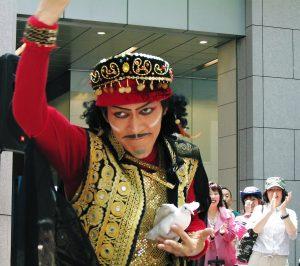 大道芸(パントマイム)、マジック、歌舞伎パフォーマンスのパフォーマー