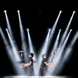 華麗なジャグリングで世界でも活躍する兄弟ジャグリングパフォーマー「桔梗ブラザーズ」