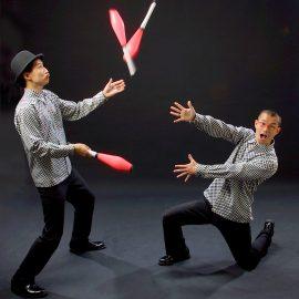 日本を代表するインテリジャグリングコンビ・シンクロニシティ
