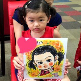 各地のショッピングモールなどで活躍している似顔絵師が描いた女の子の似顔絵