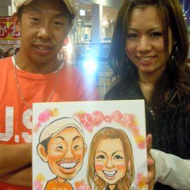 爽やかで可愛らしいタッチで描かれたカップルの似顔絵