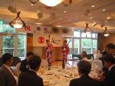 進水式祝賀会で演奏をした女性津軽三味線ユニット