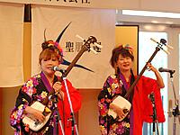 大阪を拠点に活躍する女性津軽三味線ユニット