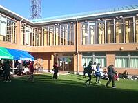 占い師も出演した学園祭が開催された短期大学の校内