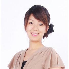 大阪を中心にMCで活躍する女性の司会者
